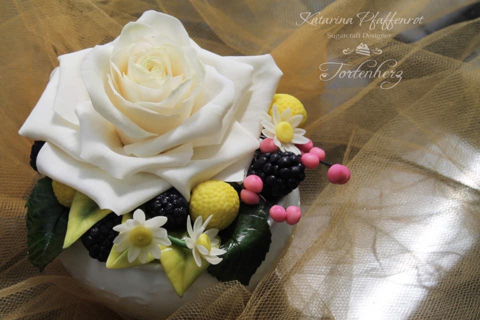 Blumen aus Modellierschokolade mit Katarina Pfaffenrot